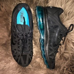Nike Shoes - Women's Nike Air Max Fit Sole 2